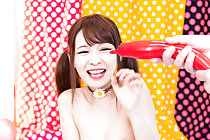 Small titted Shuri Atomi hair in pigtails playing with balloon